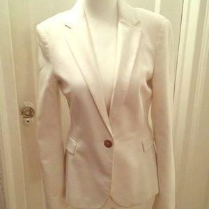 White tailored Zara blazer